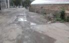 Карагандинка жалуется на разрытую внутриквартальную дорогу близ «Вечного огня»