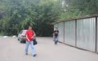 На улице Гапеева забор создает угрозу аварийной ситуации на дороге, служащей въездом во дворы