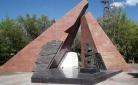 В Караганде восстановили оскверненный вандалами памятник погибшим шахтерам