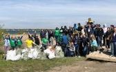 Волонтёры Караганды приглашают продолжить очищать Фёдоровское водохранилище от мусора