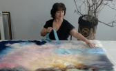 Девять ванн воды потребовалось художнице из Караганды для завершения картины в шерстяной живописи