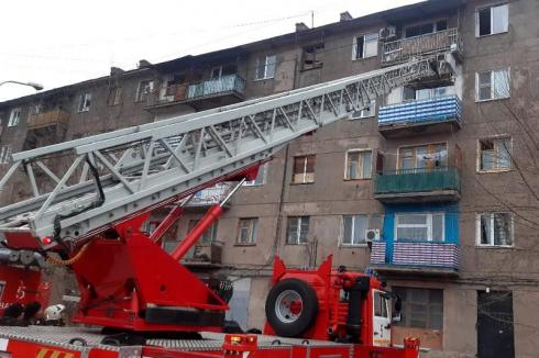 8 человек спасли и 15 эвакуировали при пожарах в Карагандинской области