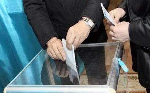 В Караганде поддержали предложение о досрочных выборах президента