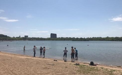 К началу купального сезона в Караганде привели в порядок два пляжа