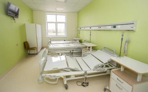 В центр для инвалидов отправил чиновников аким Карагандинской области