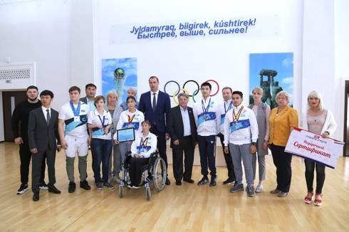 Карагандинцы завоевали 37 медалей на этапах Кубка мира по плаванию для людей с ограниченными возможностями