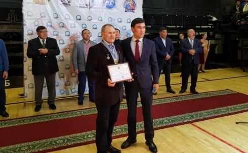Карагандинским тренерам вручили памятные медали от Министерства культуры и спорта РК