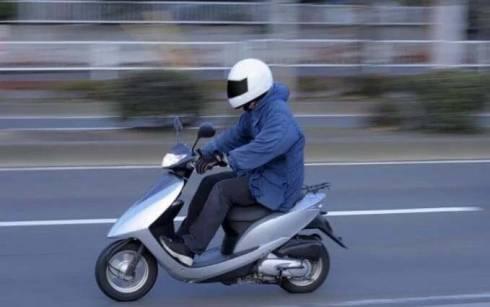 Злоумышленник похитил скутер со двора дома в Темиртау