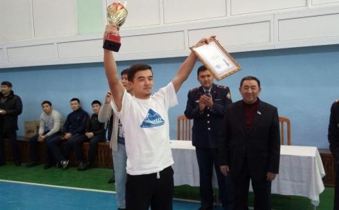 В Караганде прошел спортивный турнир среди студенческих отрядов содействия полиции