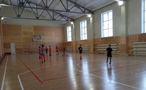 Родители маленьких спортсменов переживают за судьбу СК «Локомотив»
