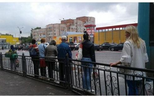 Несмотря на принятые меры, в Караганде автобусы продолжают останавливаться в неположенных местах