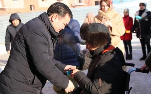 В День Первого Президента празднуют новоселье жители Карагандинской области