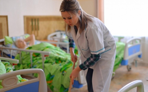Журналист меняет профессию: санитар дома престарелых