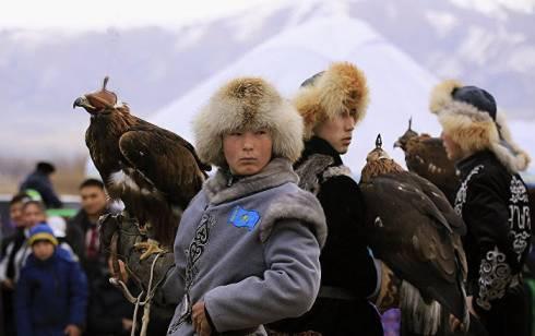 Национальная охота с ловчими птицами и тазы пройдёт в Карагандинской области в честь 125-летия Сакена Сейфуллина
