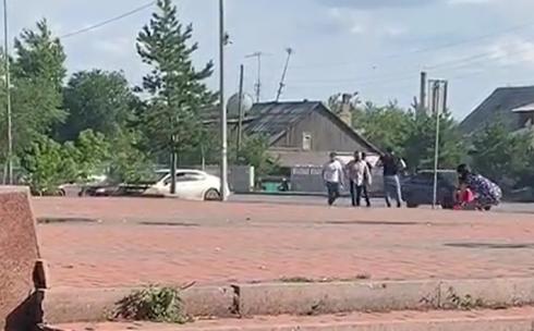 Жители Сарани устроили потасовку с оружием