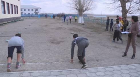 Легкоатлетический турнир памяти Казбека Нуржанова прошел в селе Кайракты