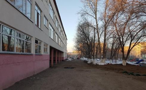 В Караганде здания двух подтопленных школ остаются обесточенными