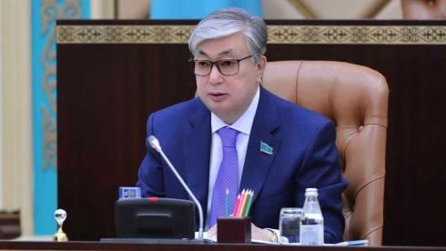 Назарбаев передал президентские полномочия спикеру Сената Токаеву