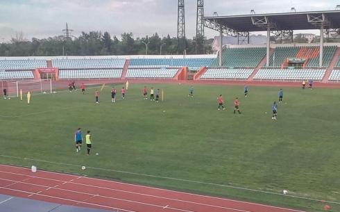В Караганде привели в порядок поле стадиона «Шахтер»
