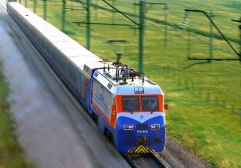 Дополнительные поезда будут запущены в Казахстане в летний период