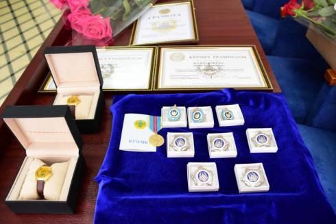 Сотрудницы полиции Карагандинской области поощрены медалями и грамотами МВД