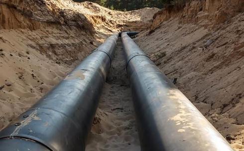 ТОО «Караганды Су» сообщает об аварии на магистральном водоводе, подающем воду нескольким поселкам