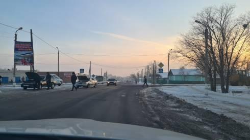 В Караганде на перекрёстке Бабушкина-Лиговская знаки приоритета не поменяют