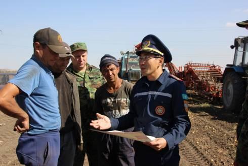 ДЧС Карагандинской области призывает уберечь урожай от огня