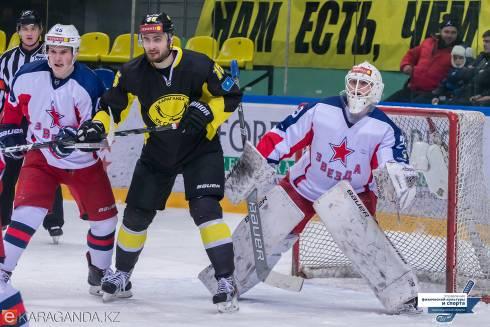 Фоторепортаж с матча ВХЛ «Сарыарка» — «Звезда» 5:1