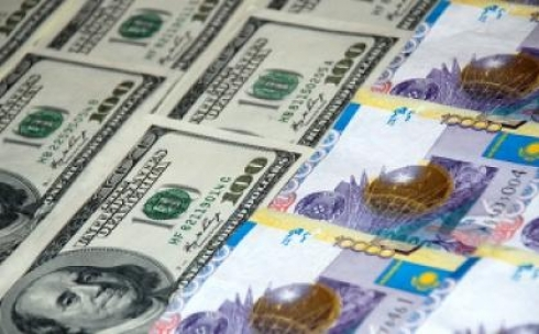 Отказ от у.е. в Казахстане неизбежен -   ценники придется переписывать