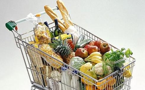 Токаев: Акимы и правительство провалили работу по снижению цен на продукты