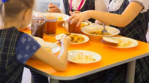 В Карагандинской области выделили деньги на горячее питание для школьников