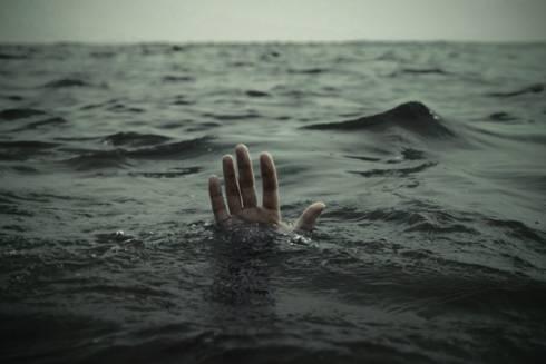 19-летняя карагандинка утонула в водоёме во время урагана