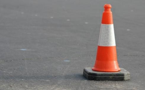 В Караганде автомобиль сбил женщину