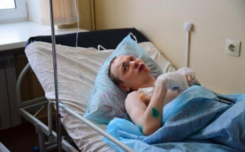 Мужчина, который провел 10 часов под обломками дома в Шахане, рассказал, что ему помогло выжить