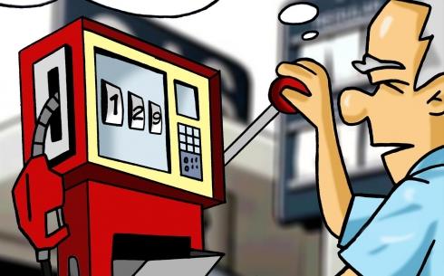 Разрыв стоимости литра горючего в Караганде от 124 до 129 тенге