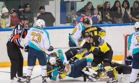 «Сарыарка» и «Торпедо» сойдутся в казахстанском дерби в своем первом матче сезона ВХЛ