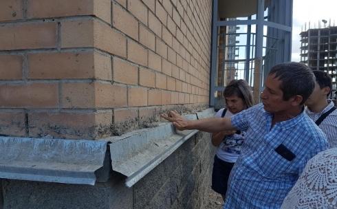 В Караганде Общественный совет нашел недочёты в строительстве домов в ЖК
