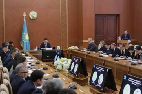 Пресекать жёстко коррупционные факты поручил Женис Касымбек