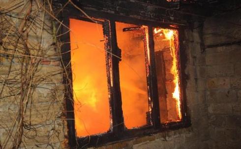Спасатели рассказали о гибели троих детей при пожаре в Карагандинской области