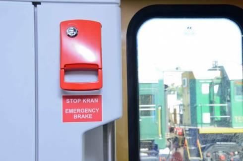 Чем грозит срыв стоп-крана в поездах, рассказали в КТЖ