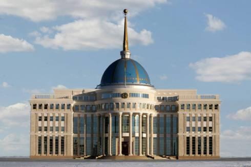 Токаев поблагодарил казахстанских волонтеров, помогающих жителям Арыси
