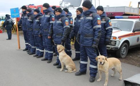 В Карагандинской области для ликвидации ЧС зимнего периода приведены в готовность свыше 800 единиц техники и 2600 человек