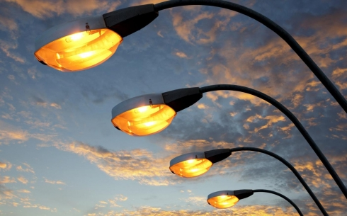В Караганде на улице Ержанова восстановят уличное дорожное освещение