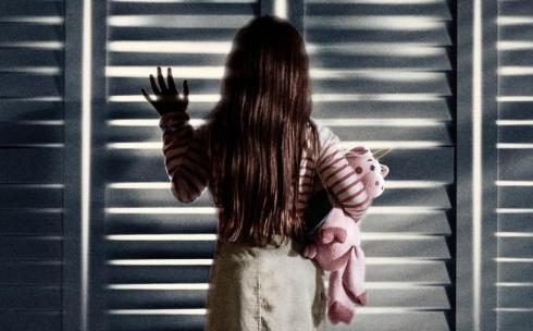 Карагандинка утверждает, что воспитатель детского сада запирала ее ребенка в шкафу