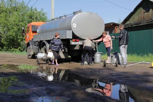 Для некоторых жителей Караганды питьевая вода стала роскошью