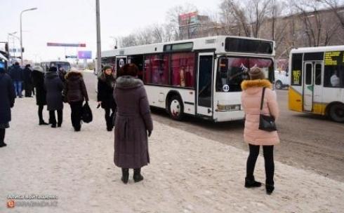 В Караганде хроническая нехватка водителей угрожает безопасности пассажиров
