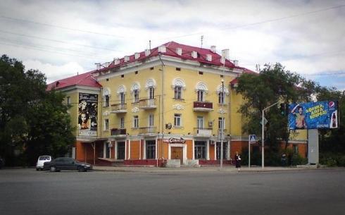 В Караганде для создания единого архитектурного стиля отремонтируют фасады некоторых домов
