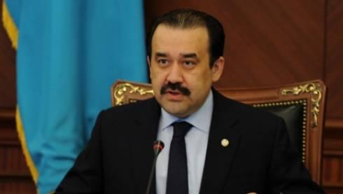 Казахстан переходит к свободно плавающему курсу тенге