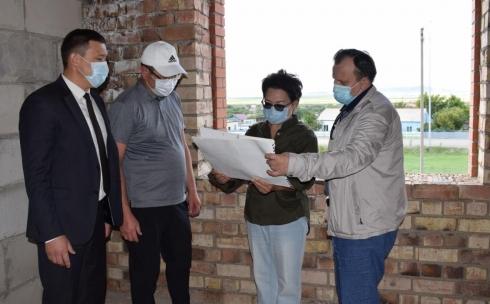 Депутаты Мажилиса Парламента побывали в Бухаржырауском районе
